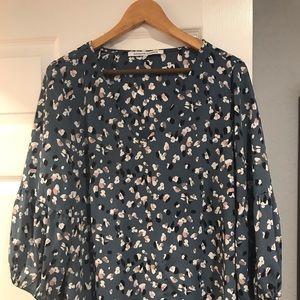 Grey floral v-neck blouse